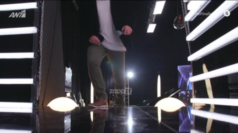 "O ""Ελληνάρας"" τρέλανε το Final Four! Από την Αννίτα Πάνια βρέθηκε στη σκηνή και πήρε ""καρέκλα"""