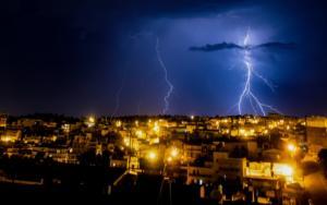 """Καιρός – Αρναούτογλου: """"Ατμοσφαιρικό μποτιλιάρισμα"""" θα φέρει σφοδρές βροχοπτώσεις!"""