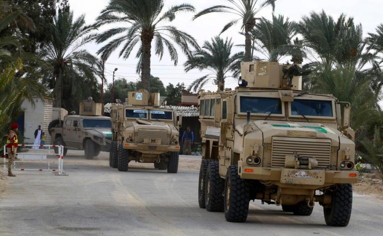 """Χερσόνησος Σινά: """"Εξουδετερώθηκαν"""" δεκάδες τζιχαντιστές του Ισλαμικού Κράτους"""