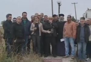 """Πέλλα: """"Θα πάρουμε τις καραμπίνες"""" – Ρατσιστικό παραλήρημα από ιερέα στη Σκύδρα για το προσφυγικό – video"""