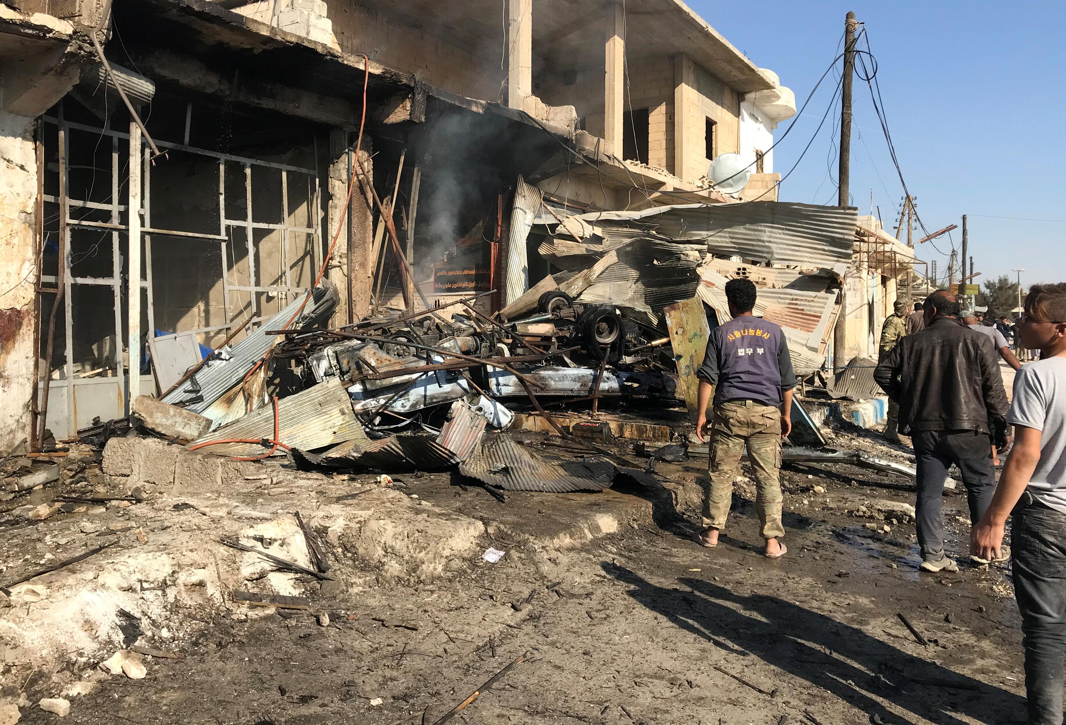 Συρία: Τρεις νεκροί από βομβιστική επίθεση με παγιδευμένο αυτοκίνητο
