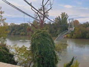 Συναγερμός από κατάρρευση γέφυρας στην Τουλούζ