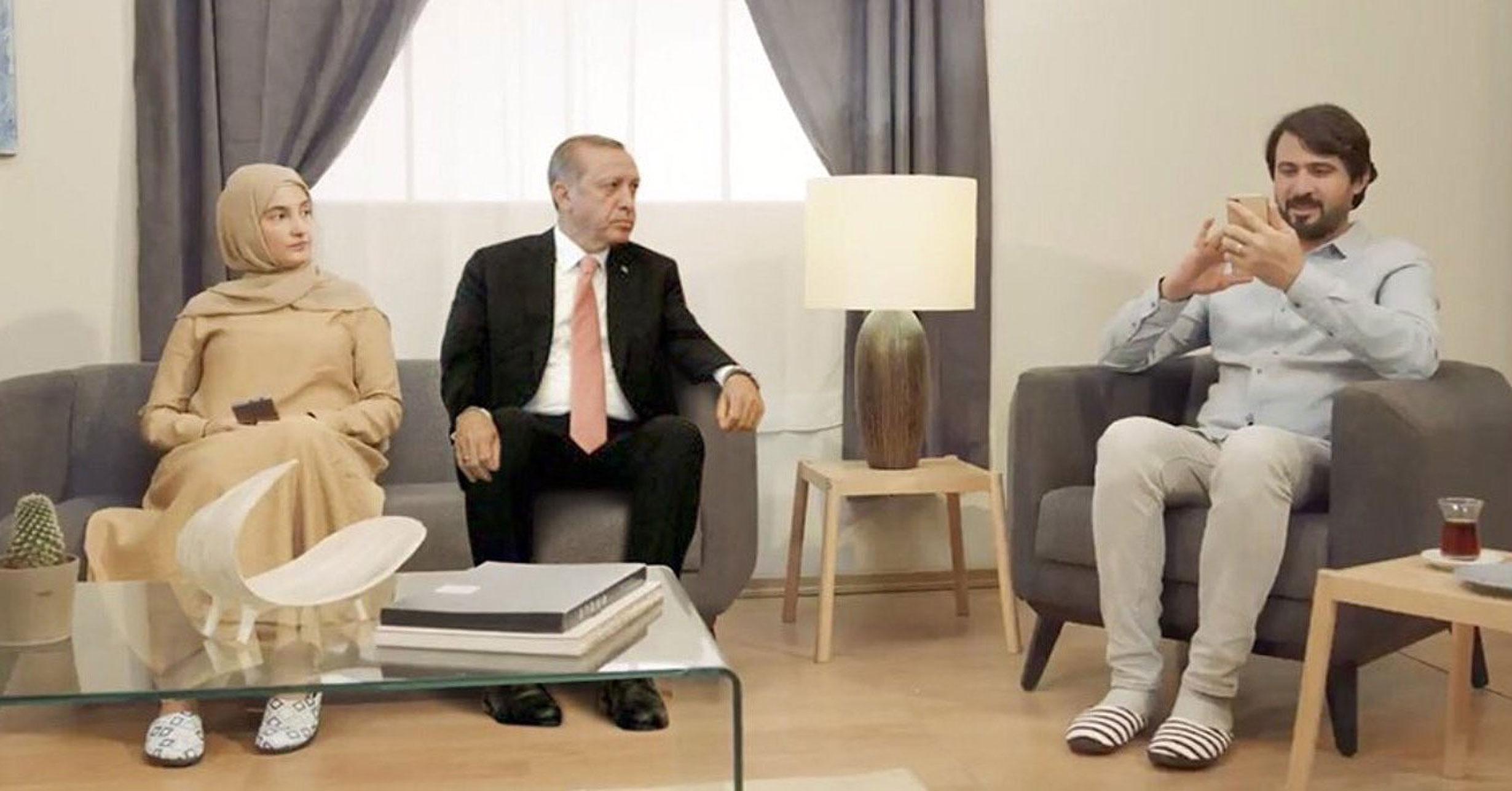 Τουρκία: Σάλος με video για… σωστή οικογενειακή συμπεριφορά