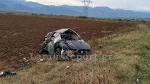 Φθιώτιδα: Σοβαρό τροχαίο με ανατροπή αυτοκινήτου – Εσπευσμένα στο χειρουργείο ο οδηγός του [pics]