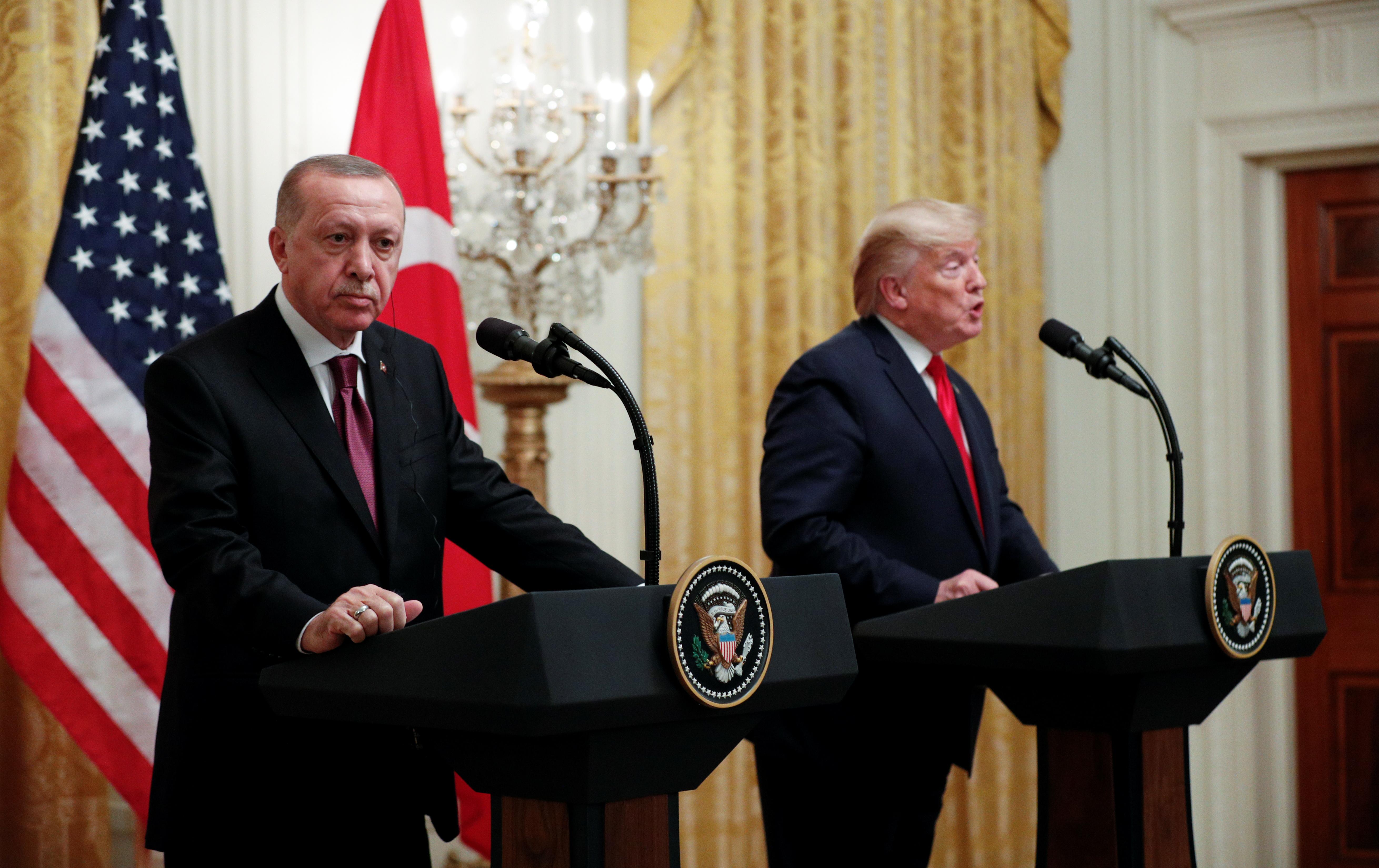 """Τραμπ – Ερντογάν: Μετά τα """"μέλια"""" ήρθαν τα… φαρμάκια – """"Χώσιμο"""" για Γκιουλέν, S-400, Αρμενία"""