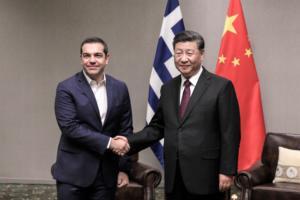 Συνάντηση Τσίπρα – Σι Τζινπίνγκ – Πρόσκληση για επίσκεψη στο Πεκίνο [pics]
