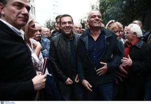 ΣΥΡΙΖΑ: Γιατί δεν πήγε έως την πρεσβεία των ΗΠΑ ο Τσίπρας