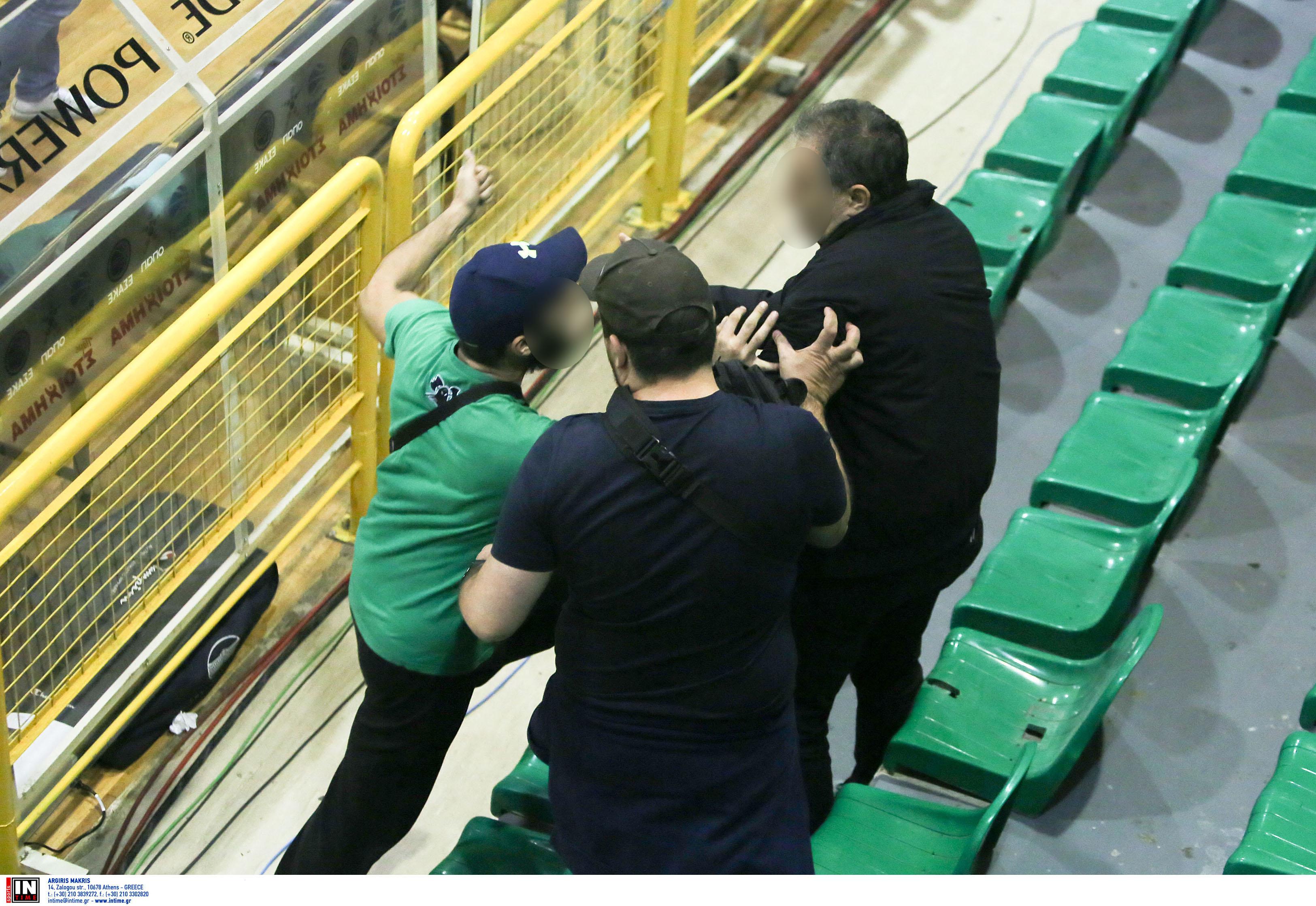 Παναθηναϊκός - Ολυμπιακός: Ξύλο και διακοπή! [Pics]