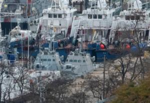 """Ευτυχώς ζωντανοί οι μετανάστες που βρέθηκαν σε """"φορτηγό ψυγείο"""" πάνω σε πλοίο!"""