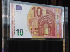 """Πού… ξόδεψε η Ελλάδα στην κρίση και πού έπεσε """"τσεκούρι"""";"""