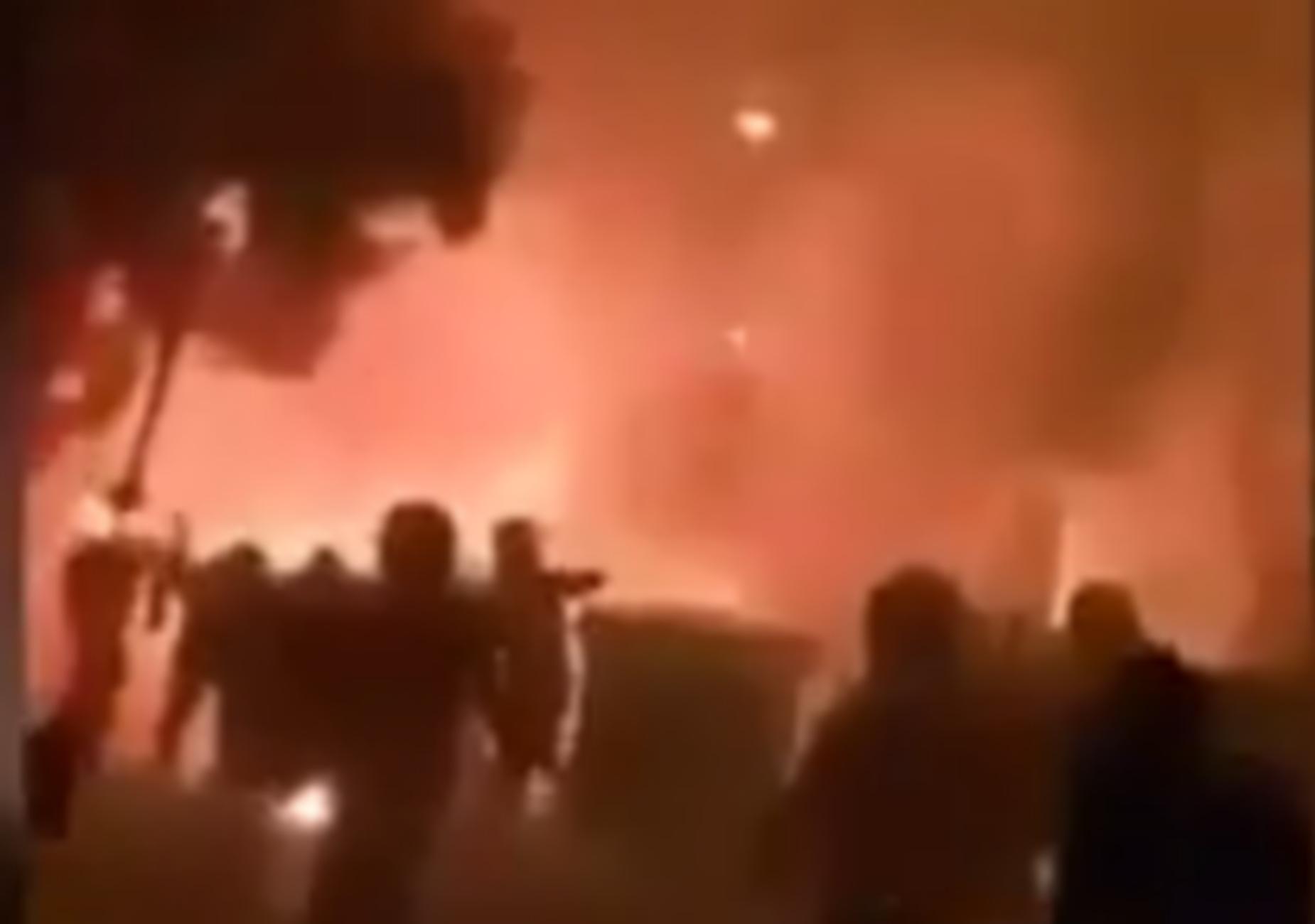 """Ολυμπιακός – Παναθηναϊκός: Σκηνές πολέμου στην Αθήνα! """"Κάψτε τους ρε"""" – video"""