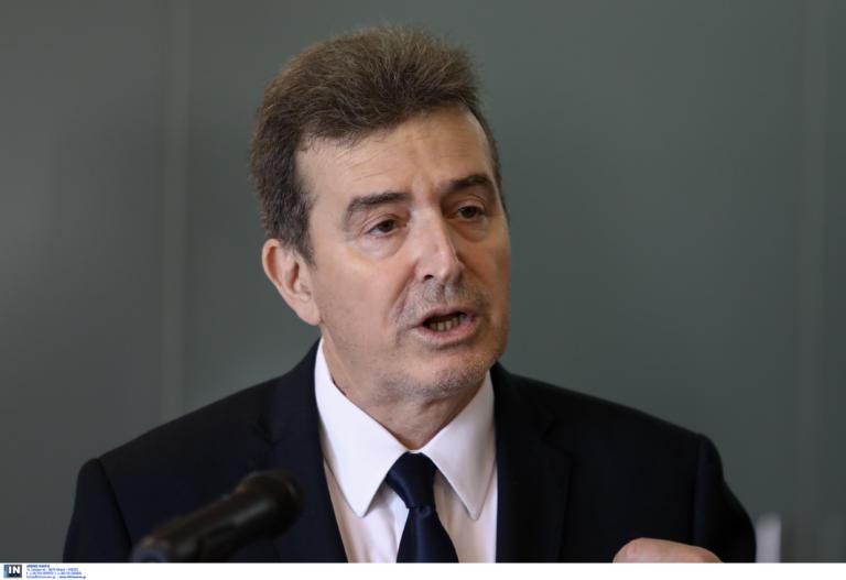 """Χρυσοχοΐδης: """"Παιδιά πλούσιων οικογενειών στις καταλήψεις απέναντι σε αστυνομικούς των 800 ευρώ""""!"""