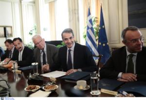 Υπουργικό: Αποθέωσε τους υπουργούς ο Μητσοτάκης! Οι 6 άξονες και τα… 30 νομοσχέδια