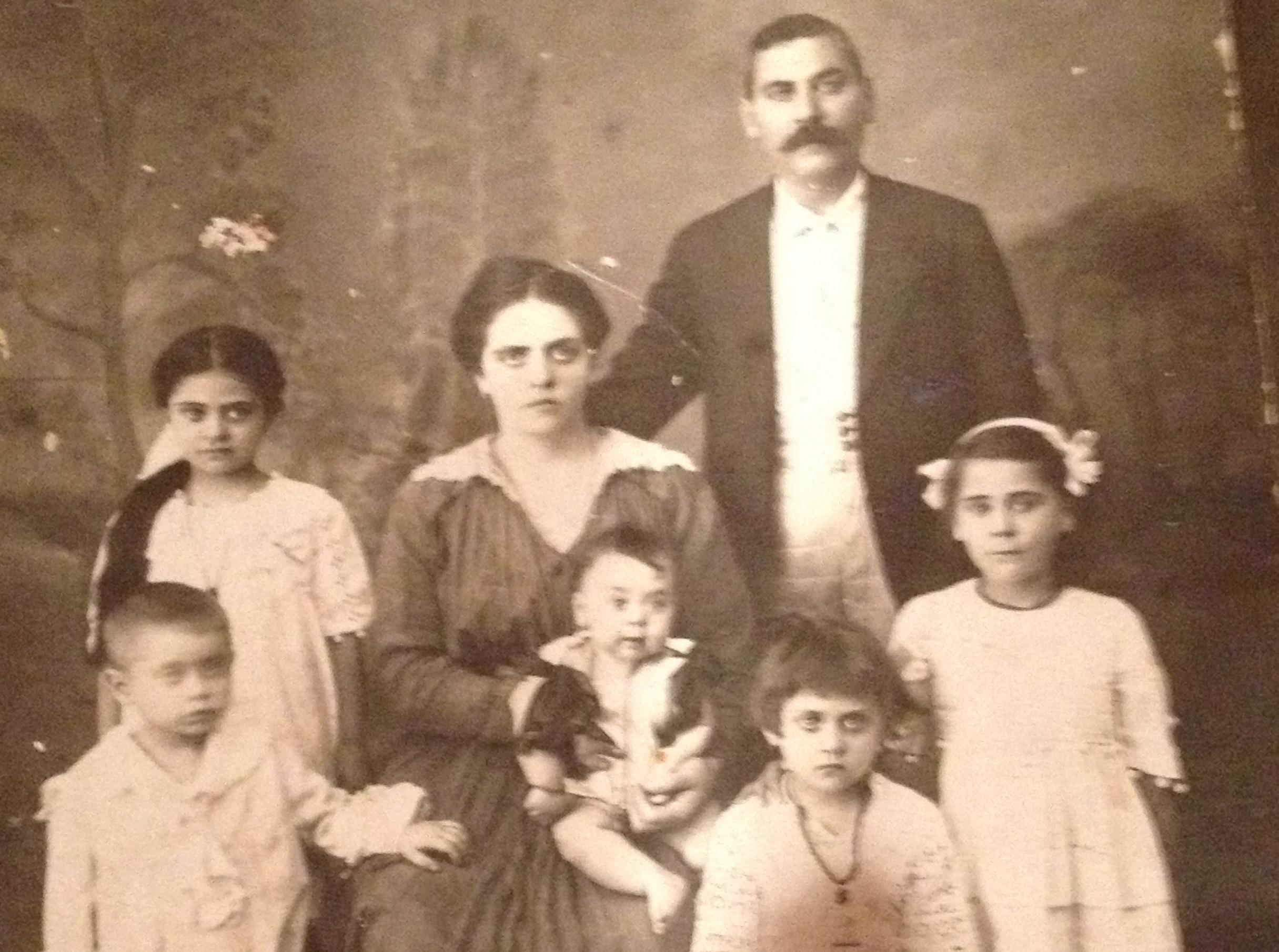 Η ιστορία του Εβραίου ράφτη που έσωσαν οι κάτοικοι της Ερείκουσας από τους ναζί