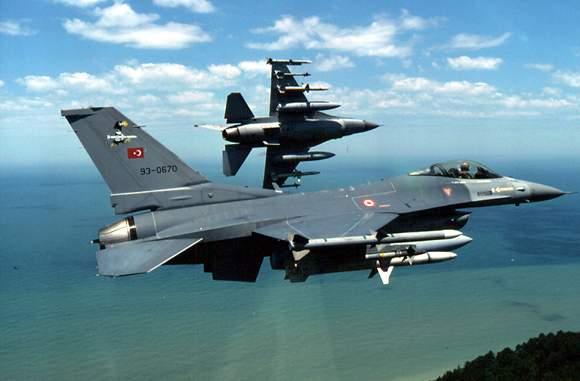 Νέες υπερπτήσεις τουρκικών μαχητικών στο Αιγαίο
