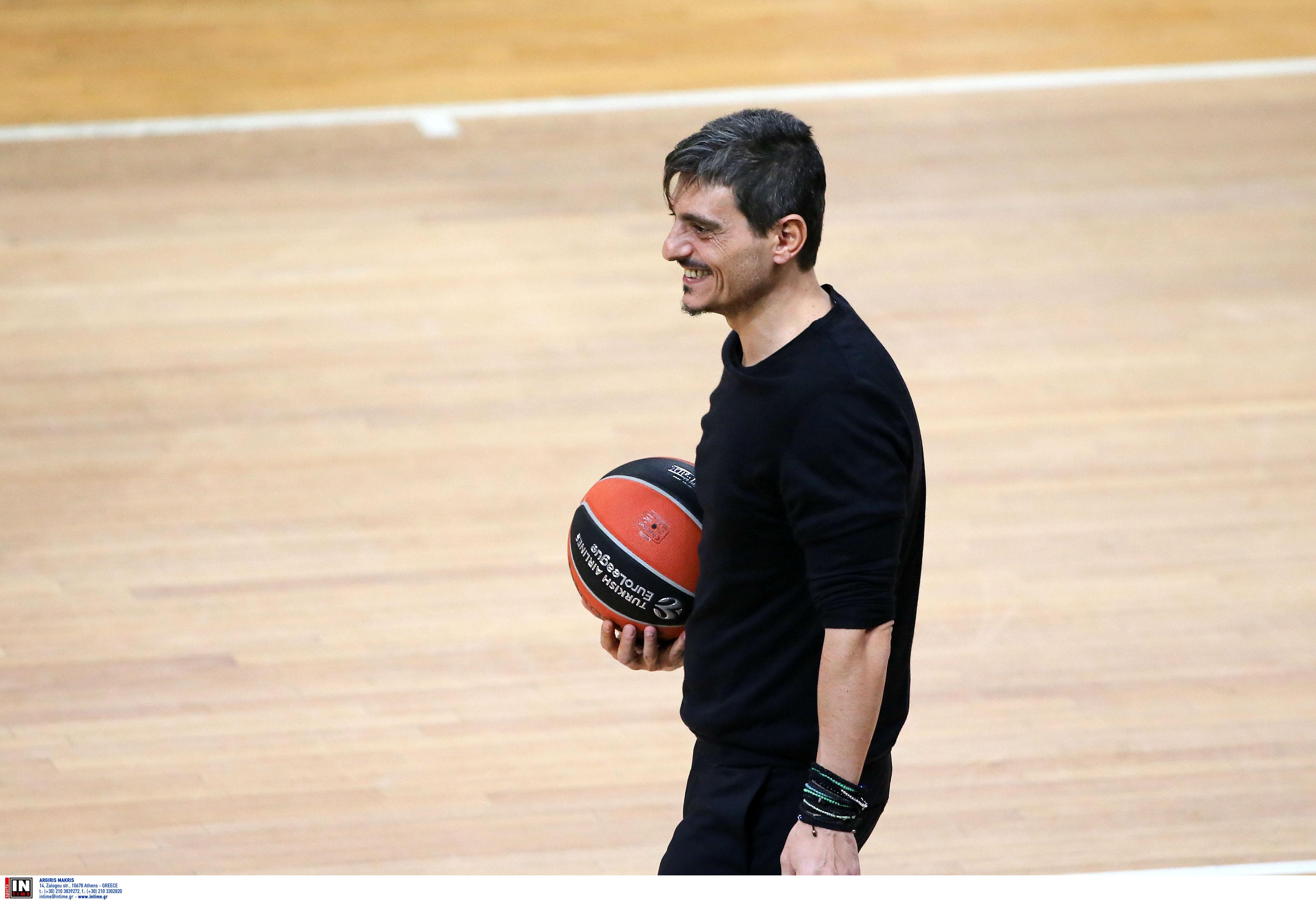 """""""Ο Γιαννακόπουλος έστειλε σημαντικό μήνυμα για τους κύκλους του μπάσκετ"""" είπε ο Κομνηνός"""
