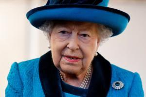 """Ελισάβετ: """"Fake news"""" του Βασιλικού Ναυτικού η φήμη θανάτου της Βασίλισσας!"""