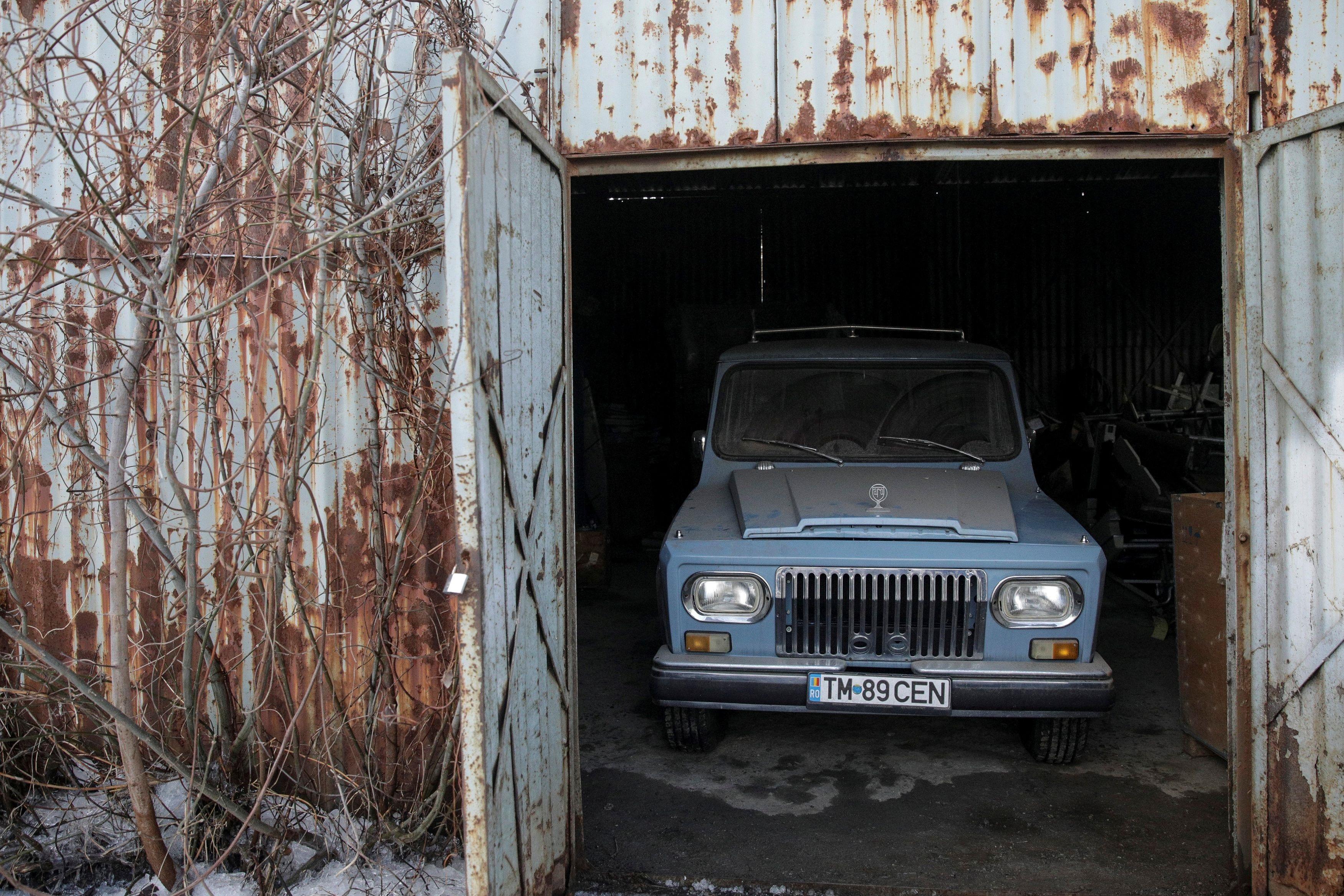 """Τσαουσέσκου: Στο """"σφυρί"""" το κυνηγετικό αυτοκίνητο του εκτελεσθέντα δικτάτορα της Ρουμανίας"""