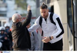 ΠΑΟΚ – Ατρόμητος: Υποδέχθηκε τους παίκτες ο Σαββίδης! pics