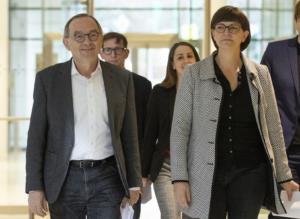 """Γερμανία: """"Επίσημη πρώτη"""" για τη νέα ηγεσία του SPD"""