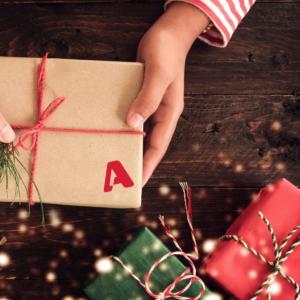ALPHA: «Κανένα παιδί χωρίς δώρο! Κανένα παιδί χωρίς χαμόγελο»