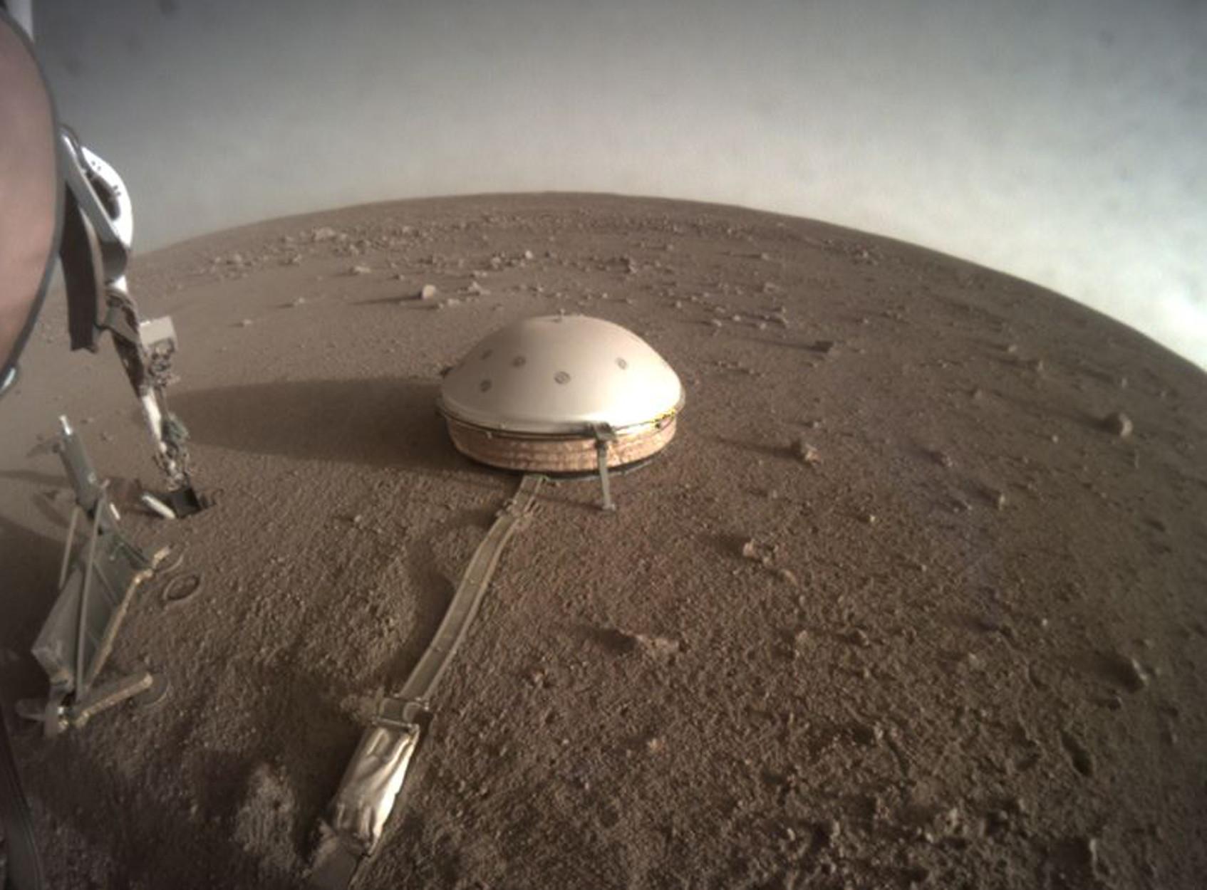 NASA: Σείεται από σεισμούς ο Άρης! 322 έχει καταγράψει το InSight