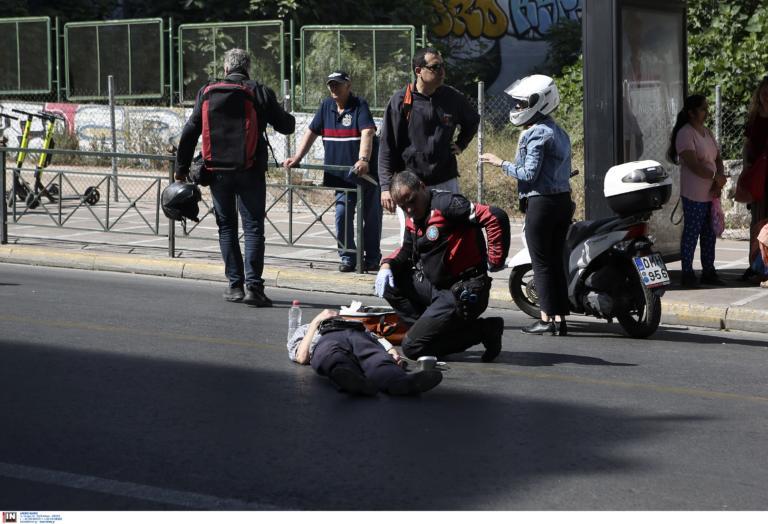 Ηράκλειο: Μάχη για να κρατηθεί στη ζωή δίνει πεζός που παρασύρθηκε από μηχανή