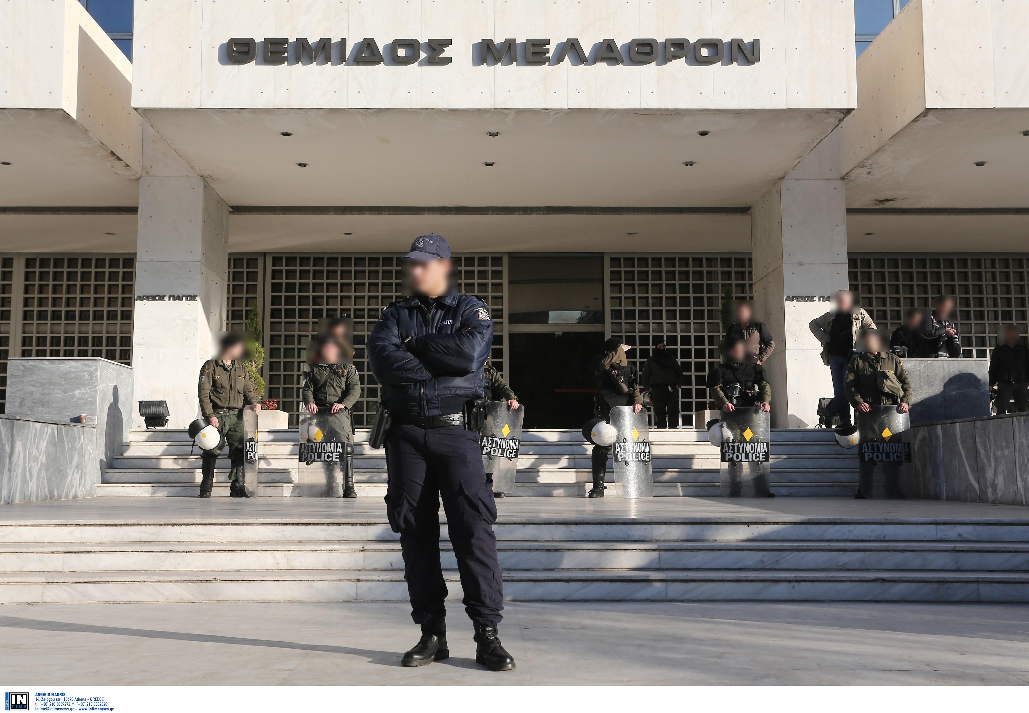 """Θεσσαλονίκη: """"Κάμερες στις στολές των αστυνομικών και τα περιπολικά…"""""""