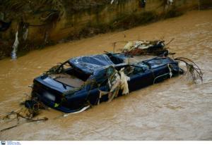"""Ημαθία: Θρίλερ με αγνοούμενο οδηγό! """"Είδα το αυτοκίνητο να παρασύρεται από νερά στο ποτάμι"""" [video]"""