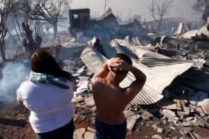 Καταστροφή στη Χιλή: Στάχτη 245 σπίτια από τη φωτιά στο Βαλπαραΐσο
