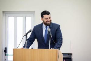 Κωνσταντίνος Δέρβος: Η Ευρωπαϊκή Κάρτα Νέων βάζει 6 εκατομμύρια νέους στη μεγαλύτερη παρέα της Ευρώπης