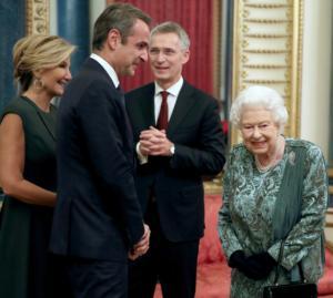 """Μαρέβα Γκραμπόβσκι: """"Ευχαριστούμε βασίλισσα Ελισάβετ για ένα υπέροχο βράδυ""""!"""