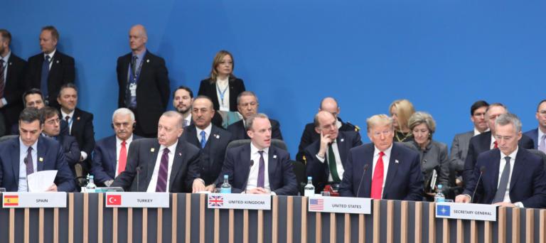 Σύνοδος ΝΑΤΟ: Έκανε πίσω η Τουρκία και δεν άσκησε βέτο