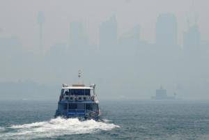 Χάθηκε στους καπνούς το Σίδνεϊ – Οι φωτιές απειλούν την πόλη