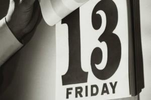 Παρασκευή και 13: Γιατί θεωρείται μέρα γρουσουζιάς