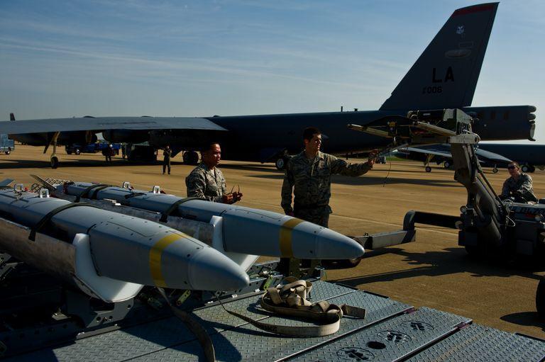 Η Πολεμική Αεροπορία των ΗΠΑ ετοιμάζεται να εξαπολύσει το «χρυσό σμήνος» στους ουρανούς [pics]