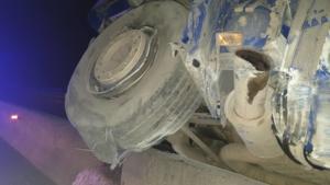 Εγνατία Οδός: Αυτοκίνητα συγκρούστηκαν με αυτή τη νταλίκα που πέρασε στο αντίθετο ρεύμα [pics, video]