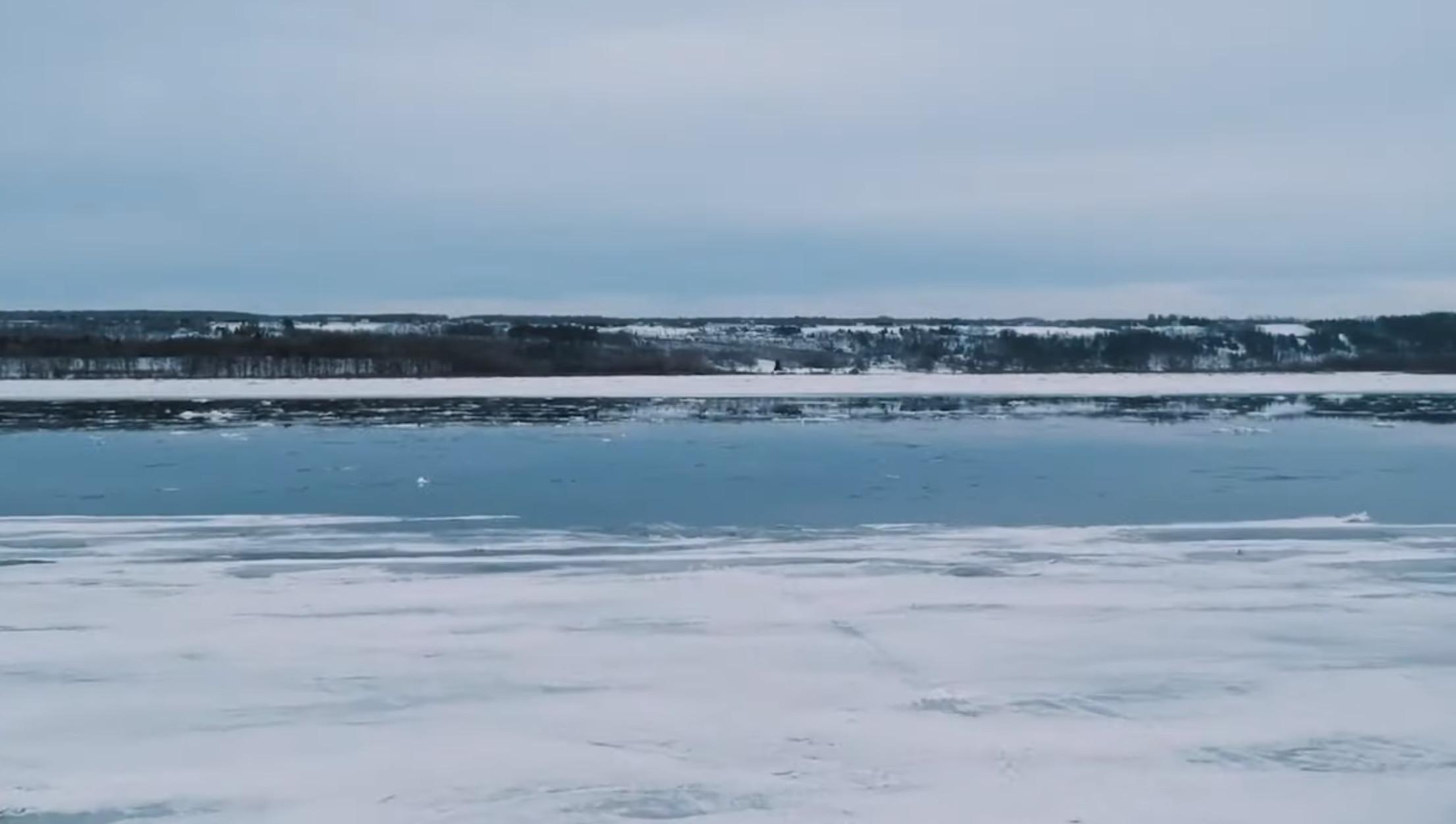 Γροιλανδία: Χάθηκαν 3,8 τρισ. τόνοι πάγου μέσα σε 26 χρόνια!