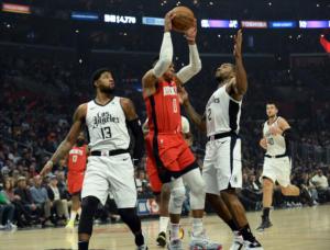 NBA: Συγκλονιστικό ματς στο Λος Άντζελες! Χάρντεν και Γουέστμπρουκ σταμάτησαν Λέοναρντ και Τζορτζ (video)