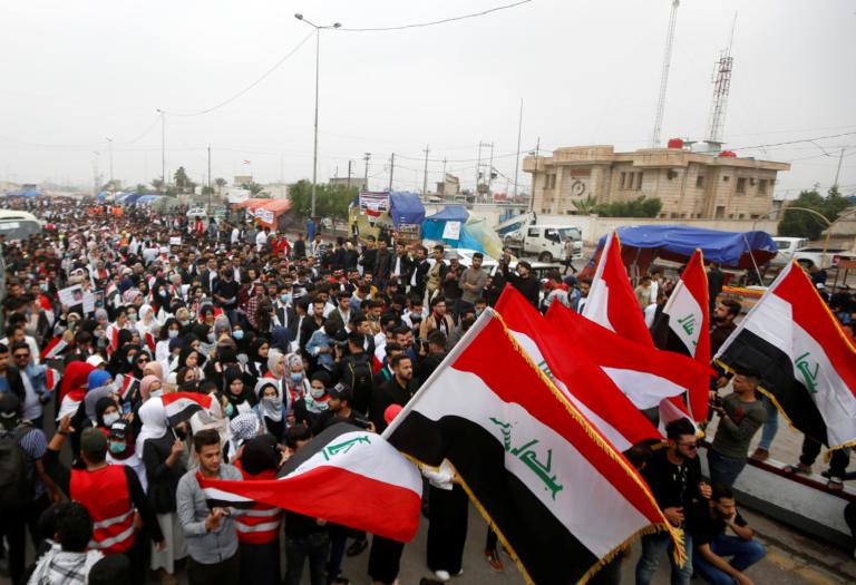 Κόλαση στο Ιράκ: Τουλάχιστον 460 νεκροί στις διαδηλώσεις