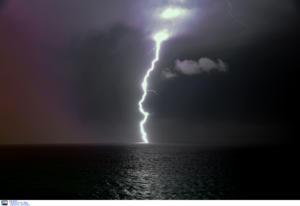 Καιρός: Έπεσαν 5.000 κεραυνοί στην ανατολική Μεσόγειο!