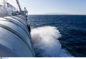 Ρέθυμνο: Ναυτικός έπεσε από το πλοίο στη θάλασσα! Παραλίγο τραγωδία τα μεσάνυχτα στο λιμάνι