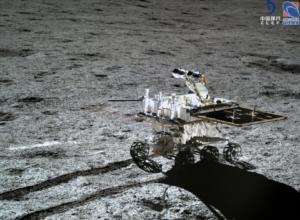 Το κινεζικό ρόβερ YuTu 2 έκανε ρεκόρ για την πιο μακρόχρονη εργασία στη Σελήνη