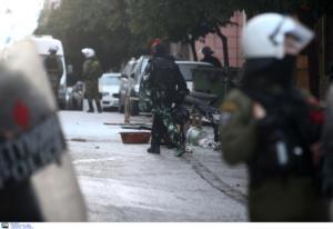 ΣΥΡΙΖΑ: Ή οι αστυνομικοί υπακούν εντολές του ή ο Χρυσοχοΐδης παρέδωσε την ασφάλεια σε Χρυσαυγίτες
