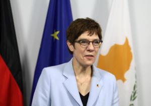 Κραμπ-Καρενμπάουερ: Η Γερμανία στηρίζει Ελλάδα και Κύπρο! Η Τουρκία να σεβαστεί το διεθνές δίκαιο
