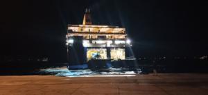 Λέρος: Περίμεναν με άγριες διαθέσεις το Blue Star Patmos! H συγκέντρωση κατοίκων στο λιμάνι [pics]