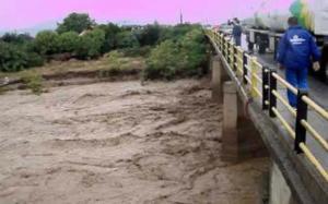 Χαλκίδα: Εκκένωση οικισμών στο Βασιλικό λόγω υπερχείλισης του ποταμού Λήλαντα