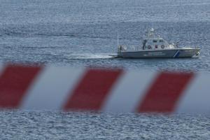 Ακυβέρνητο φορτηγό πλοίο πλέει κοντά στη Ρόδο