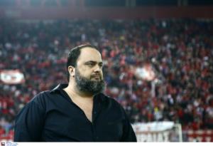 Ολυμπιακός – ΠΑΟΚ: Στα αποδυτήρια μετά το τέλος του αγώνα ο Μαρινάκης!