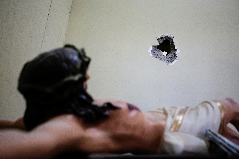 Breaking bad… θρησκευτικά! Έφτιαξαν αγάλματα από μεθαμφεταμίνη